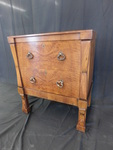 Beautiful solid wood 2-drawer end t...