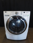 Maytag 3000 Series front load washe...