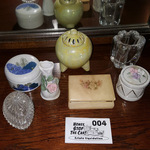 Variety of Home Decor Lot 004
