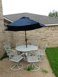 Great wrought iron outdoor patio se...