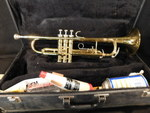 Great King Tempo 600 trumpet w/acce...