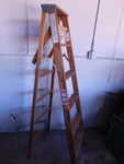 Werner 6' wood step ladder...