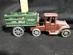 Vintage cast iron truck w/Speed tra...