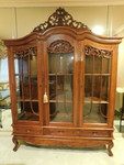 Beautiful china cabinet w/keys and ...