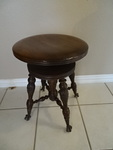 Vintage adjustable piano stool w/cl...