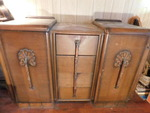Vintage chest w/4 drawers and 2 doo...