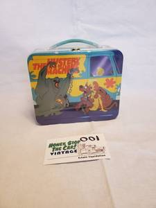 Hallmark Scooby Doo Reproduction Lunch Box