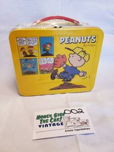 Hallmark Peanuts Repro Lunch Box