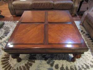 BEAUTIFUL SQUARE COFFEE TABLE WITH BRASS ACCENTS AND NICE DESIGN