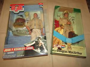 GI JOE JOHN F. KENNEDY, GI JOE MEDAL OF HONOR DOUGLAS MACARTHUR