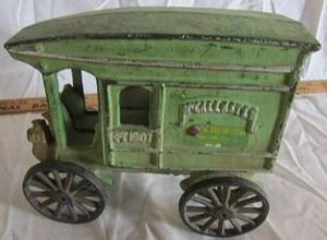 GREAT CAST IRON WAGON MCCALLASTER GENERAL MERCHANTILE