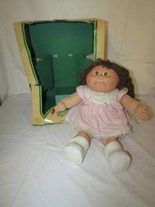 1980'S CABBAGE PATCH DOLL WITH BOX