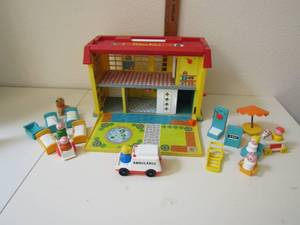 1970'S FISHER PRICE CHILDREN'S HOSPITAL